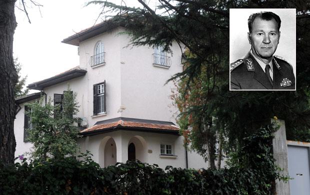 U vilu u Krupanjskoj ulici uselio se general Žeželj a natrag je traži Dragomir Rakić