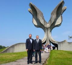 10. septembar 2016. Predsednik i zamenik predsednika Odbora za dijasporu i Srbe u regionu u Jasenovcu
