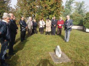U Velikom Palančištu kod Prijedora danas je, kao znak sjećanja na 367 civila stradalih prije 74 godine u ovom selu, održan tradicionalni narodni zbor na groblju žrtava fašističkog terora Puharine