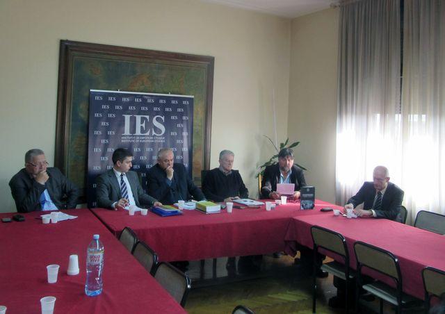"""Naučni skup o temi """"Može li Alojzije Stepinac postati svetac?"""" održan je u Institutu za evropske studije u Beogradu"""