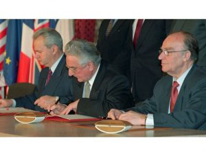 Potpisivanje Dejtonskog sporazuma  Foto: AP