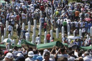 Međunarodni krivični sud, za razliku od Haškog tribunala, nikada nije presudio da je tamo počinjen genocid