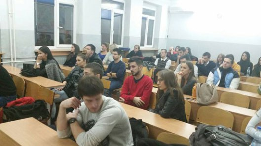 Publika na predavanju