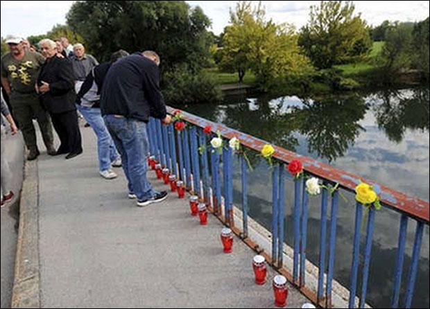 * Svakog 21. avgusta Srbi se sećaju žrtava kod Karlovca