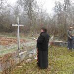 Parastos žrtvama sela Slabinja.