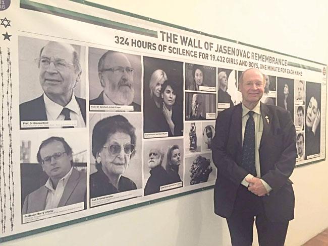 Istoričar Gideon Grajf na izložbi o Jasenovcu (Foto: Katarina Tripković)