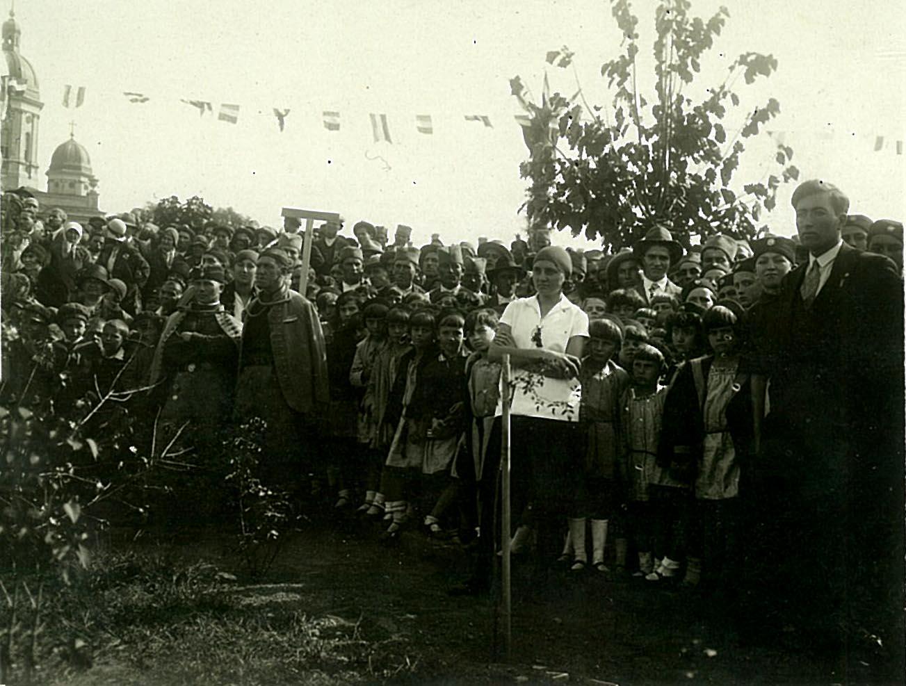 Osvećenje spomenika u Negotinu 12 oktobra 1930. godine