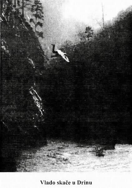 Vlado Šipčić skače u Drinu