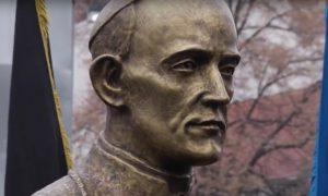 U Osijeku otkriven spomenik Alojziju Stepincu (Foto: YouTube/DESNO Osijek)