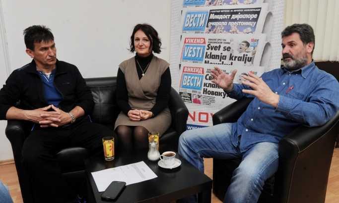 Branko Simonović, Milena Čanković i Rajko Lalić iz grupe Tromeđa