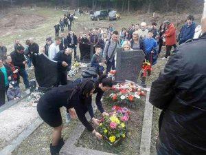 Maglaj: Grob Spomenka Gostića Foto: SRNA