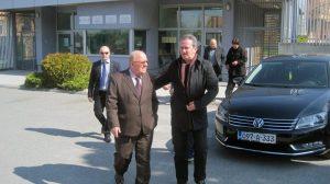 Optuženi Đuro Matuzović i advokat Vlado Adamović Foto: SRNA