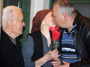 Posjeta ženama logorašima - 8. mart Foto: SRNA