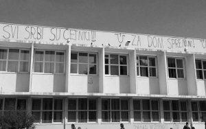 """Grafiti mržnje """"Svi Srbi su četnici'"""