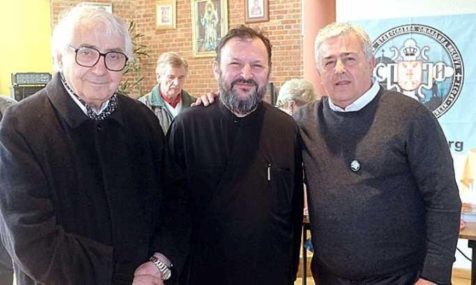 Dr Miloje Milićević, otac Gačić i Dušan Bastašić Foto: B. Božin