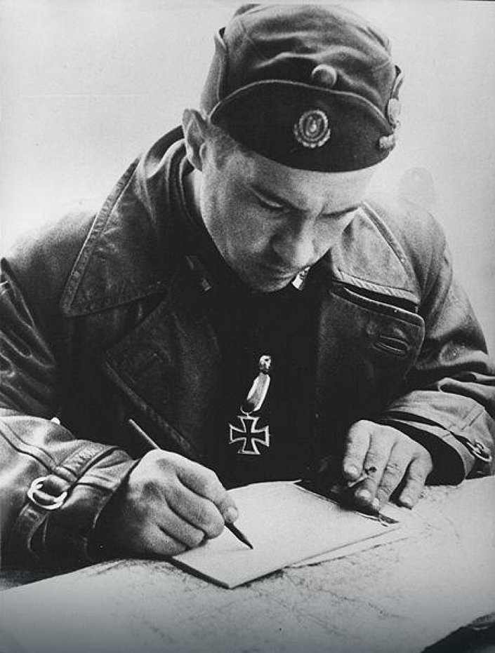 """Vjekoslav """"Maks"""" Luburić je bio ustaški oficir i gotovo ceo rat zapovednik sistema koncentracionih logora među kojima je najveći koncentracioni logor Jasenovac. Javni domen"""