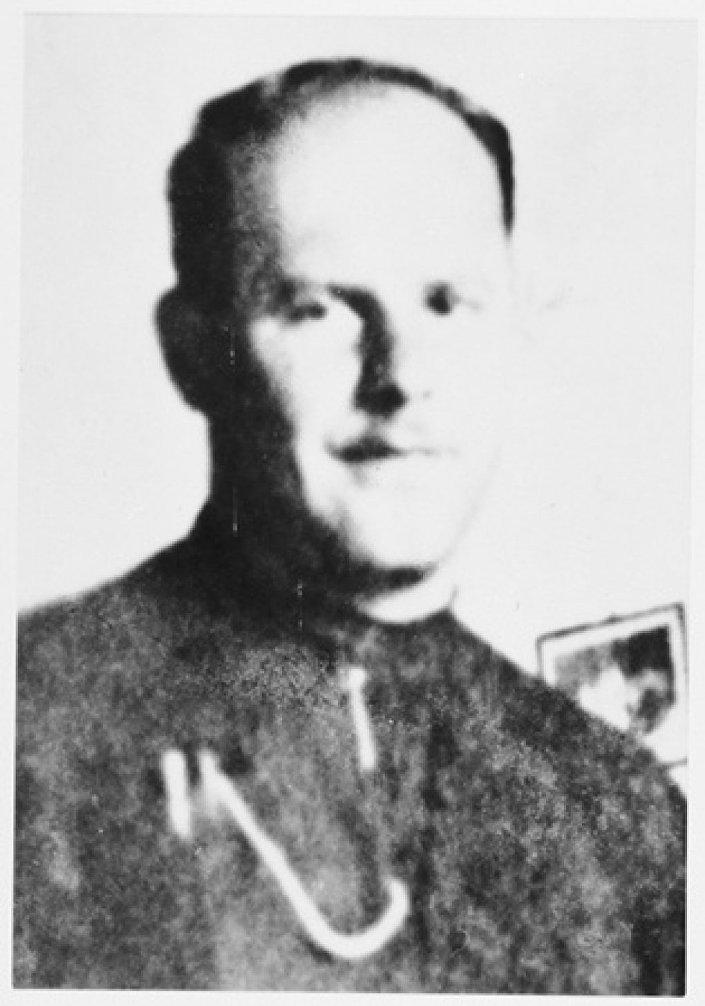 Miroslav Filipović, zvani Fra sotona, je bio franjevac, ustaša, jedno vreme komandant logora Jasenovac i logora Stara Gradiška. Javni domen