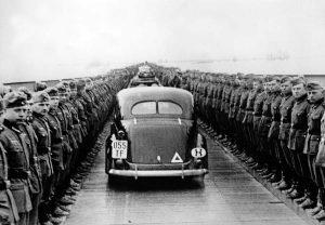 Nemačka vojska na Dunavu posle pada Beograda, maj 1941. (Foto Profimedia)