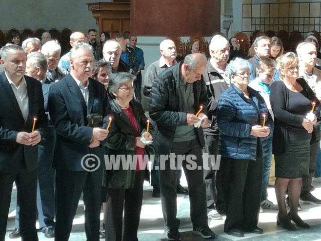 """Parastos žrtvama u akciji """"Bljesak"""" u crkvi Svetog marka u Beogradu (Foto:RTRS)"""
