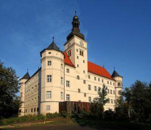 Dvorac u Harthajmu Twitter