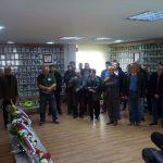 U Modriči je danas, povodom 25 godina od početka oslobađanja i odbrane ove opštine u odbrambeno-otadžbinskom ratu, služen pomen poginulim borcima i položeno cvijeće pred Centralnim spomen-obilježjem i u spomen-sobi