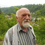 Miloš Nikolić, čijeg su djeda Jovu ubile ustaše drugog dana pravoslavnog praznika Trojice 1943. godine u Srebrenici zajedno sa još 250 srpskih civila, rekao je da se u komunističkom režimu prikrivala prava istina i precizno definisanje žrtava ovog zločina iako je svima bilo poznato da su jedinice NDH-a monstruozno pobile srpske civile