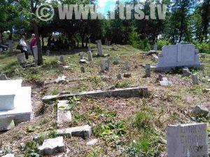 Pravoslavno groblje u selu Mošćanica Foto: RTRS