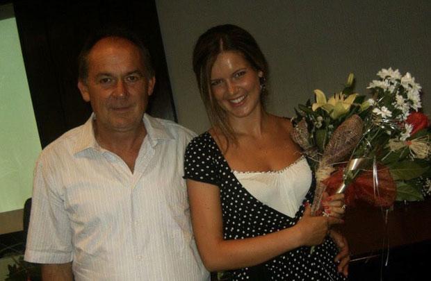 Otac Duško i Simonida na dan njenog diplomiranja