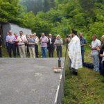 Kod spomen-kosturnice žrtvama ustaškog zločina u Srebrenici danas je služen parastos za više od 250 srpskih civila koje su ustaše ubile na drugi dan pravoslavnog praznika Trojica 1943. godine u Srebrenici i sljedećeg dana na Zalazju.