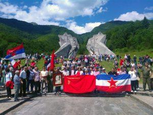 Na Tjentištu je danas obilježeno 74 godine od Bitke na Sutjesci, najveće bitke koju su partizanske snage vodile u Drugom svjetskom ratu.