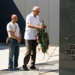 Predsjednik opštinske Boračke organizacije Milutin Vračević polažio cvijeće na Centralni spomenik poginulim borcima Vojske Republike Srpske