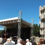 Predsjednik Republike Srpske Milorad Dodik izjavio je danas da Srbi ne bi bili ubijani po Kozari, Jasenovcu i drugim logorima u BiH i Hrvatskoj da je Srpska postojala za vrijeme Drugog svjetskog rata