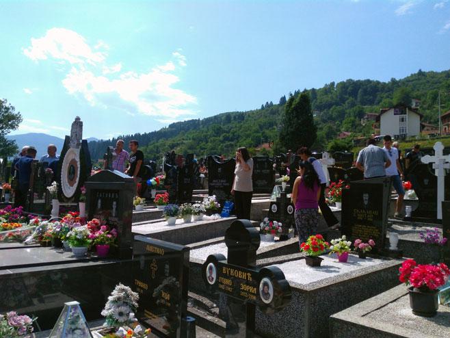 Sjećanje na zločin u Jabuci Foto: SRNA