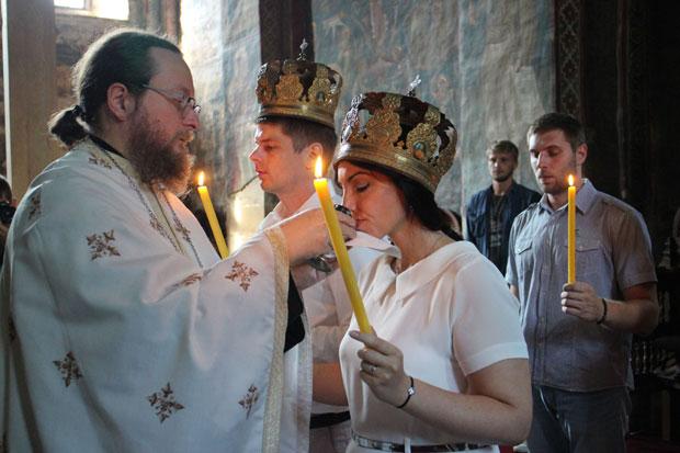 Арно и Ивана венчали су се у манастиру Високи Дечани