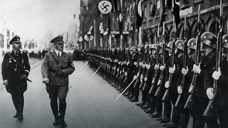 Berlin War museum / Wikipedia Сви немачки дезертери су били под јаким утицајем Хитлерове идеологије и нацистичке митоманије. Сви осим једног човека