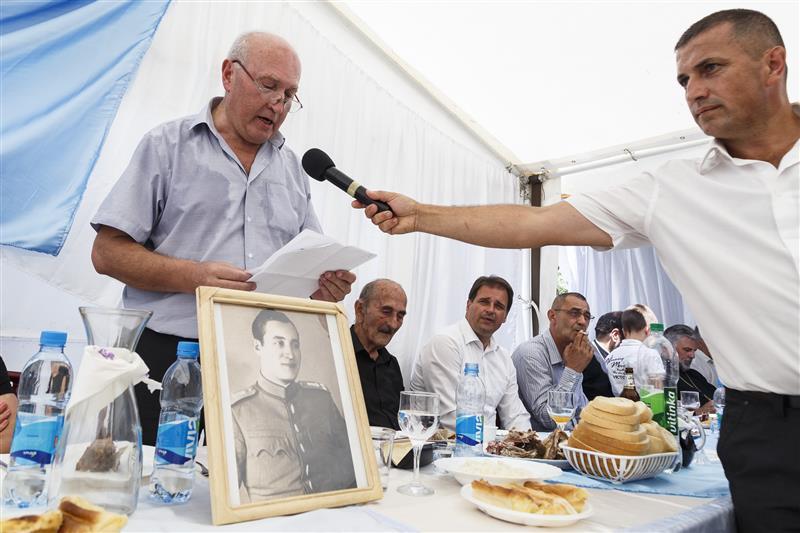 Svetozar Crnogorac je na početku govora naglasio da se obraća u svoje lično ime, a ne u ime Kluba Gačana u Beogradu