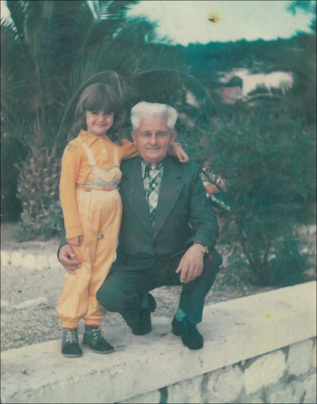 * Trivo Jokić sa unukom