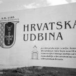 Ustaški natpis postavljen pred 'oslobođenu' Udbinu Foto: Igor Galo