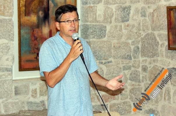 Dr Miloš Ković