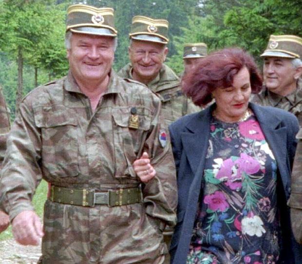 Nad Mladićem bdi i supruga Foto AP