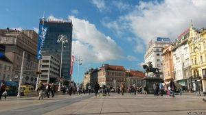 Трг бана Јелачића, Загреб