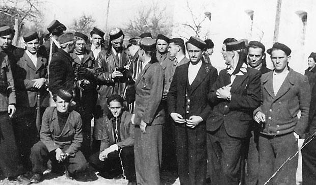 USTANICI Ličani se pripremaju za oružani napad na nemačkog okupatora