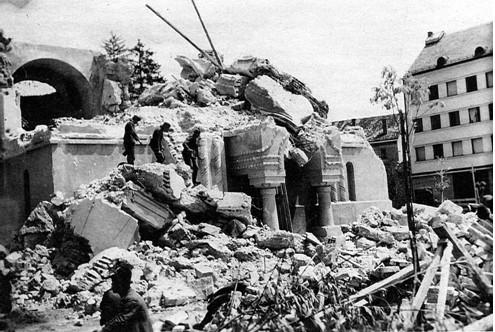Rušenje crkve Sv . Save u Celju, snimak učinjen verovatno maja ili juna 1941. g.