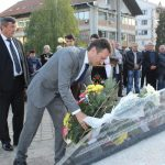 Načelnik opštine Ugljevik Vasilije Perić položio vijenac na spomenik poginulim borcima Vojske Republike Srpske.