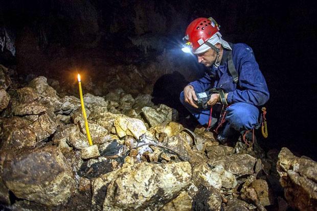 GUBILIŠTE Dimitrije Mirko Đelić u pećini gde su otkriveni posmrtni ostaci streljanih mladića