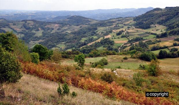 Pogled s grada Petrasa prema Valjevu Foto: Boris Subašić