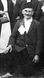 Prvotuženi Maksim Ždrakanivić, ubijen od ustaša 1941, sa celom porodicom