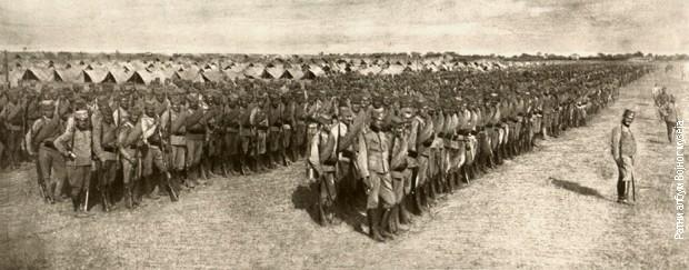 Smotra Srpske dobrovoljačke divizije pred put u Dobrudžu