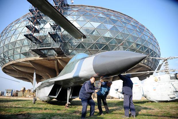 """Потпуковник Иванов и његови мајстори завршавају """"миг 29"""""""