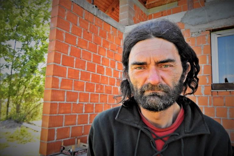 - Био би се обријао за фотографисање - каже Никола (фото ТРИС/Г. Шимац)